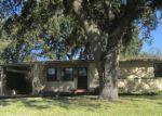 Foreclosed Home en LEDBURY DR S, Jacksonville, FL - 32210