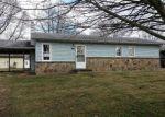 Foreclosed Home en HUNTER LN, Corydon, IN - 47112