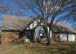Foreclosed Home en CHERRY RD, Henryetta, OK - 74437