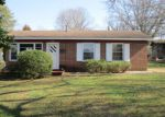 Foreclosed Home en RIVERCREST DR, Eden, NC - 27288