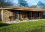 Foreclosed Home en TRAILWOOD DR, Pascagoula, MS - 39581