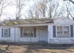 Foreclosed Home en S SUTTON DR, Memphis, TN - 38127