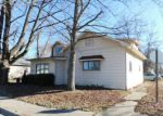 Foreclosed Home en N MADISON ST, West Frankfort, IL - 62896