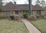 Foreclosed Home en GOLDEN LAKE DR, Kingwood, TX - 77345