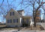 Foreclosed Home en HECKSCHER AVE, Bay Shore, NY - 11706