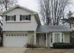 Foreclosed Home en N LARKMOOR DR, Southfield, MI - 48076