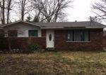 Foreclosed Home en SWARTOUT RD, Algonac, MI - 48001
