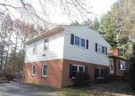 Foreclosed Home en RIDGEMONT RD, Earlysville, VA - 22936