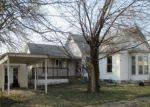 Foreclosed Home en S BURKE ST, Versailles, MO - 65084