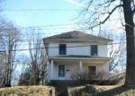 Foreclosed Home en S ELM ST, Crawfordsville, IN - 47933
