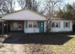Foreclosed Home en 6TH ST, Leland, MS - 38756