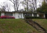 Foreclosed Home en GREY OAKS DR, Vicksburg, MS - 39180