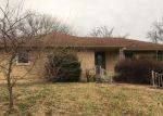 Foreclosed Home en S 14TH ST, Leavenworth, KS - 66048