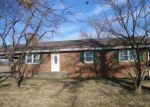 Foreclosed Home en VALIER CARPET RD, Tamaroa, IL - 62888