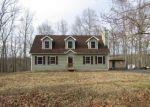 Foreclosed Home en WYNDING WAY, Bushkill, PA - 18324