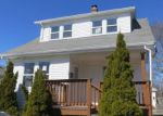 Foreclosed Home en TRANSIT ST, Warwick, RI - 02889