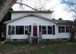 Foreclosed Home en S MCKENZIE ST, Mount Vernon, OH - 43050