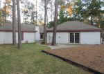 Foreclosed Home in FAIRWAY OAKS DR, Spring, TX - 77379