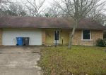 Foreclosed Home en MEADOW LN, Lufkin, TX - 75901