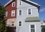 Foreclosed Home en ARBOR RD, Lansdowne, PA - 19050