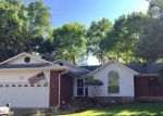 Foreclosed Home en BEVERLY LN, New Braunfels, TX - 78130