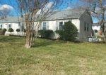 Foreclosed Home en SUMMER HILLS DR, Blountville, TN - 37617