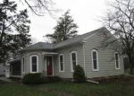 Foreclosed Home en N GAYLORD AVE, Nora Springs, IA - 50458