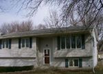 Foreclosed Home en WEST ST, Grinnell, IA - 50112