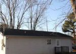 Foreclosed Home en MEADOWBROOK DR, Springfield, TN - 37172