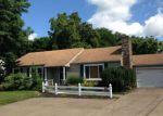 Foreclosed Home en LAKE AVE NE, Massillon, OH - 44646