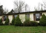 Foreclosed Home en PIKE ST, Sadieville, KY - 40370