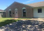 Foreclosed Home en ELAINE DR, Westwego, LA - 70094