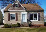 Foreclosed Home en TOKAY AVE, Maple Heights, OH - 44137