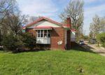 Foreclosed Home en ROSEMONT AVE, Charleston, WV - 25303