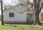 Foreclosed Home en E 600 N, Hamlet, IN - 46532