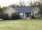 Foreclosed Home en OAK CREEK RD, Seneca, SC - 29678
