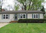 Foreclosed Home en NE PURSELL RD, Kansas City, MO - 64118