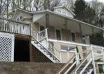 Foreclosed Home en S DELAWARE DR, Easton, PA - 18042
