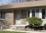 Foreclosed Home en DONALDSON ST, Harrison Township, MI - 48045