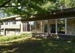 Foreclosed Home en PAINE AVE, Morrisville, VT - 05661
