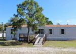 Foreclosed Home en HOLIDAY BEACH DR, Avon Park, FL - 33825