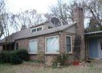 Foreclosed Home en N 10TH ST, Van Buren, AR - 72956