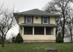 Foreclosed Home en S 8TH ST, Chariton, IA - 50049