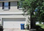 Foreclosed Home en CENTERWOOD CT, Jacksonville, FL - 32218