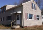 Foreclosed Home en GARCELON ST, Lewiston, ME - 04240