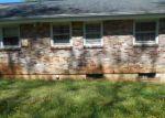 Foreclosed Home en ARDMORE DR, Lynchburg, VA - 24501