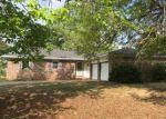 Foreclosed Home en W COUNTRY RD, Sapulpa, OK - 74066