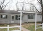 Foreclosed Home en N WEST AVE, Lead Hill, AR - 72644