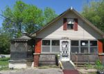 Foreclosed Home en E 20TH ST S, Independence, MO - 64052