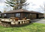 Foreclosed Home en LONG POINT DR, Houghton Lake, MI - 48629